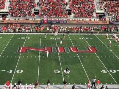 Huskie Stadium, sección: D, fila: 49, asiento: 39