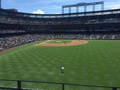 Coors Field, sección: 205, fila: 2, asiento: 6