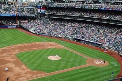 Citi Field, sección: 423, fila: 2, asiento: 15