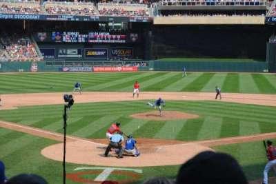 Target Field, sección: 113, fila: 8, asiento: 7