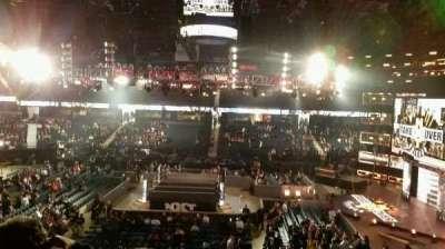 Allstate Arena, sección: 210, fila: C, asiento: 30