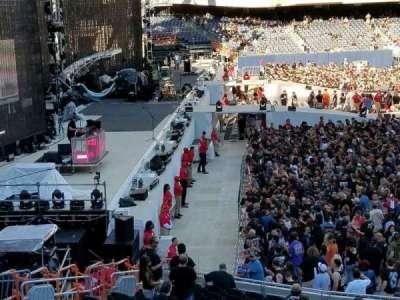 Soldier Field, sección: 243, fila: 1, asiento: 9