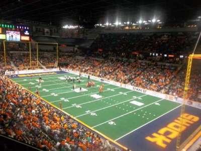 Spokane Arena, sección: 220, fila: L, asiento: 23