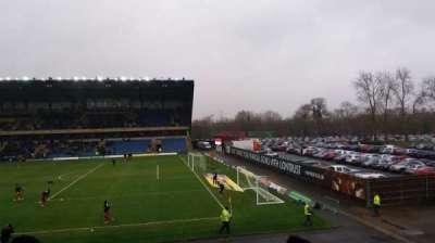 Kassam Stadium, sección: North Stand, fila: T