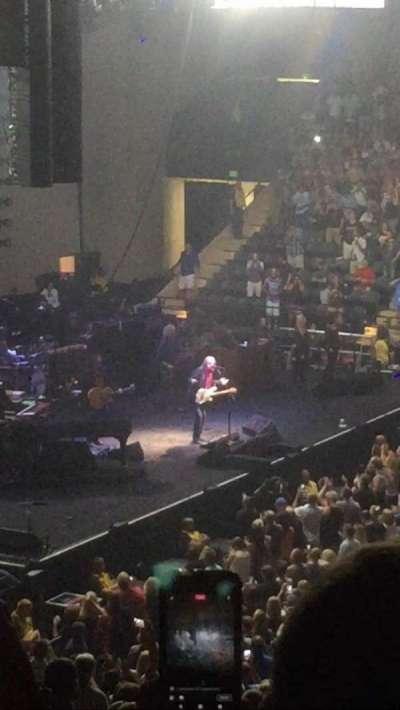 Royal Farms Arena, sección: 209, fila: N, asiento: 12