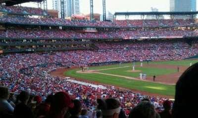 Busch Stadium, sección: 139, fila: 29, asiento: 23
