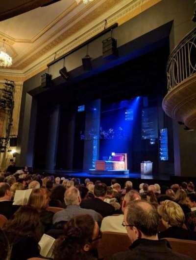 Music Box Theatre, sección: ORCHO, fila: L, asiento: 22