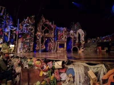 Neil Simon Theatre, sección: ORCH, fila: B, asiento: 10