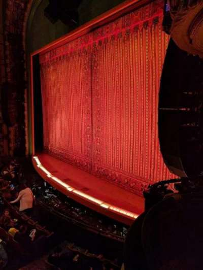 New Amsterdam Theatre, sección: BOX 4, fila: A, asiento: 1