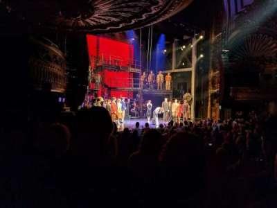 Palace Theatre (Broadway), sección: ORCH, fila: M, asiento: 9