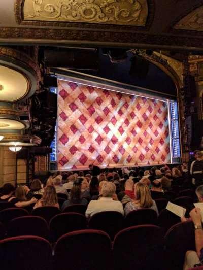 Brooks Atkinson Theatre, sección: ORCH, fila: N, asiento: 23