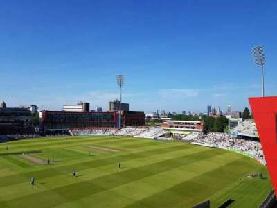 Old Trafford Cricket Ground, sección: Upper Tier, fila: Back Row