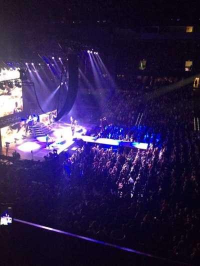 Spokane Arena, sección: 215, fila: B, asiento: 5