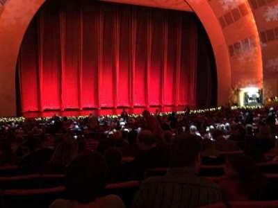 Radio City Music Hall, sección: 610, fila: N, asiento: 606