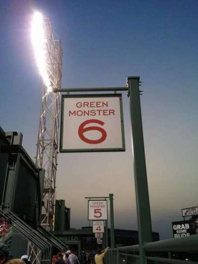 Fenway Park, sección: Green Monster 6, fila: 2, asiento: 6