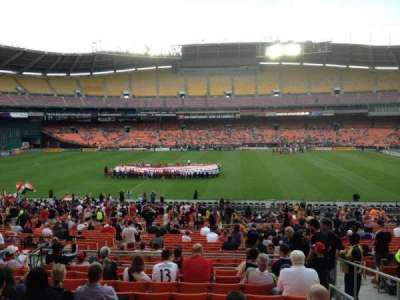 RFK Stadium, sección: 332, fila: 11, asiento: 10