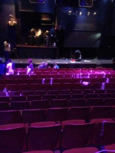 Briar street Theater, sección: MF CTR, fila: M, asiento: 5