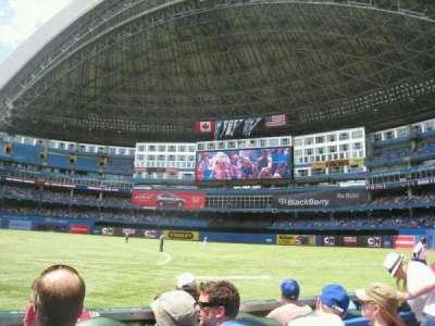 Rogers Centre, sección: 115L, fila: 3, asiento: 107