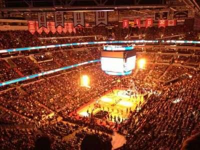 Capital One Arena, sección: 427, fila: j, asiento: 13