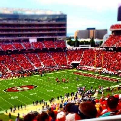 Levi's Stadium, sección: 221, fila: 23, asiento: 1