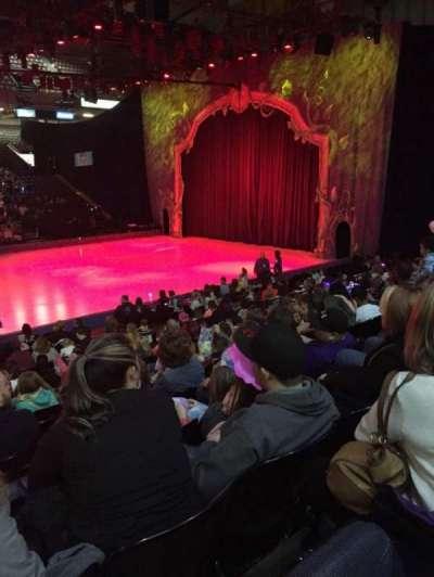 Royal Farms Arena, sección: 110, fila: L, asiento: 12