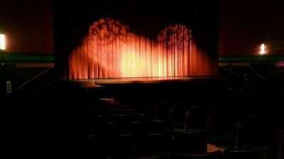 Landis Theater, sección: orchestra left, fila: r, asiento: 9