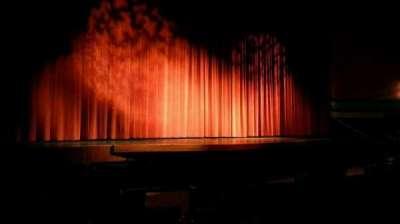 Landis Theater, sección: orchestra left, fila: h, asiento: 9