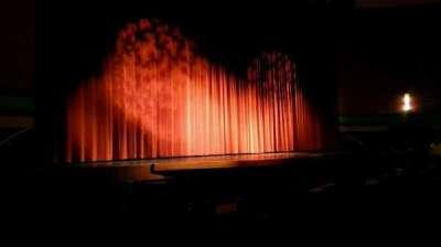 Landis Theater, sección: orchestra left, fila: j, asiento: 17