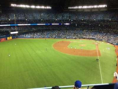 Rogers Centre, sección: 539L, fila: 4, asiento: 109