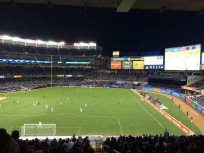 Yankee Stadium sección 212
