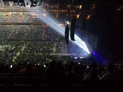 Capital One Arena, sección: 419, fila: L, asiento: 10