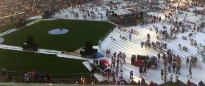 Wrigley Field, sección: 431, fila: 1, asiento: 106