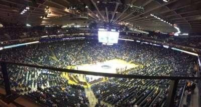Oracle Arena, sección: 220, fila: 1, asiento: 10