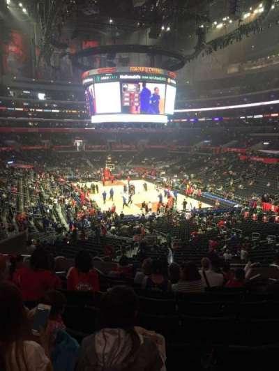 Staples Center, sección: 219, fila: 10, asiento: 11