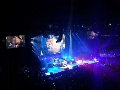 T-Mobile Arena, sección: 206, fila: B, asiento: 14