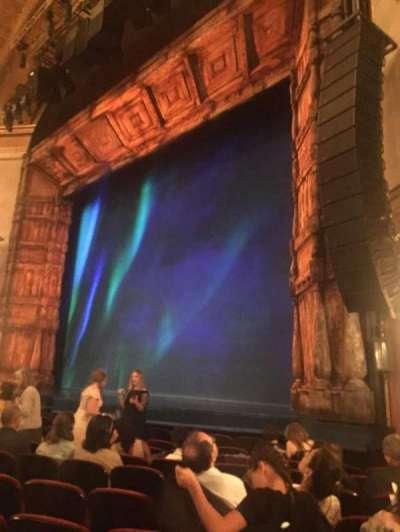 St. James Theatre, sección: ORCHR, fila: J, asiento: 24