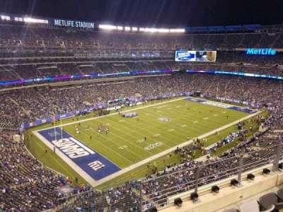 MetLife Stadium, sección: 320, fila: 4, asiento: 1