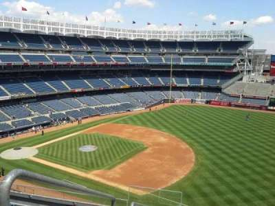 Yankee Stadium, sección: 324, fila: 7, asiento: 24
