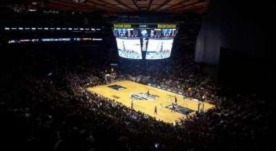 Madison Square Garden, sección: 227, fila: 11, asiento: 17