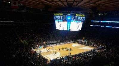 Madison Square Garden, sección: 208, fila: 5, asiento: 7