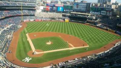 Yankee Stadium, sección: 419, fila: 1, asiento: 1