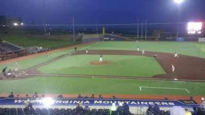 Monongalia County Ballpark, sección: 108, fila: R, asiento: 24