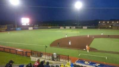 Monongalia County Ballpark, sección: 102, fila: R, asiento: 1
