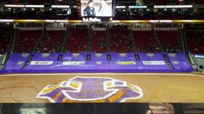 PNC Arena, sección: 220, fila: A, asiento: 7