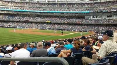 Yankee Stadium, sección: 130, fila: 22, asiento: 22