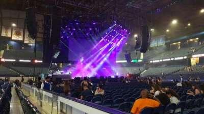 Allstate Arena, sección: 102, fila: BB, asiento: 12