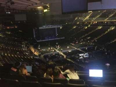 Madison Square Garden, sección: 202, fila: 5, asiento: 9