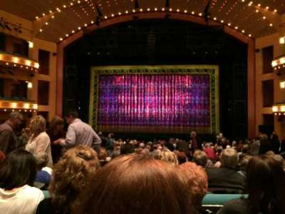 Procter And Gamble Hall at the Aronoff Center, sección: Orchestra, fila: R, asiento: 212
