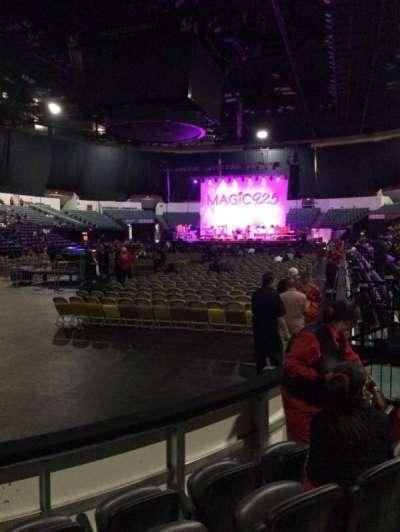 Valley View Casino Center, sección: LL17, fila: 4, asiento: 10