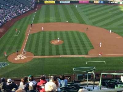 Safeco Field, sección: 325, fila: 10, asiento: 4